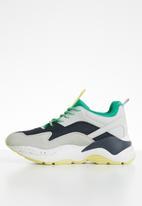Vero Moda - Leather combo colour block sneaker - multi