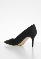 Call It Spring - Eclipse heel - black