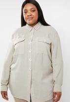 STYLE REPUBLIC PLUS - Utility style shirt - beige