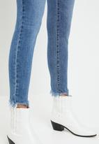 Levi's® - 721 Hi rise skinny ankle culture corner - blue