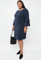 STYLE REPUBLIC PLUS - Frill sleeve shift dress - navy