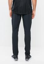 Under Armour - WG woven pant - black