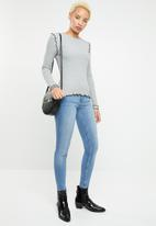 ONLY - Ida long sleeve O-neck top - grey