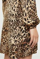 Missguided - Wrap side tea dress - brown
