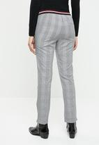 Noisy May - Melissa fitted check pants - multi