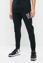 Nike - Nike air pant fleece - black & white