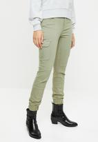 ONLY - Missouri ankle cargo pants - green