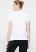 Converse - Short sleeve courtside star chev remix - white