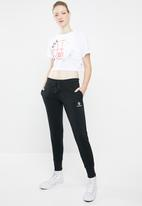 Converse - Converse basketball wordmark mid relaxed tee - white