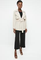 edit - Short trench style jacket - beige