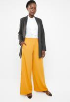 edit - Classic wide leg pants - yellow
