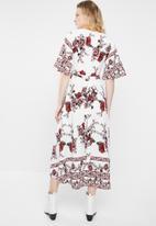 Revenge - Kimono wrap dress - white