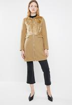 STYLE REPUBLIC - Wool blend coat with faux fur - tan