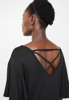 edit - Tee with back detail - black
