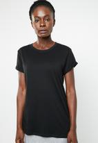 edit - Basic crew neck T-shirt - black