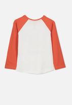 Cotton On - Tom long sleeve raglan tee - white & orange