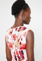 edit - Notch neckline dress - multi-colour