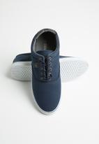 SOVIET - M-Williams low-cut sneaker - navy