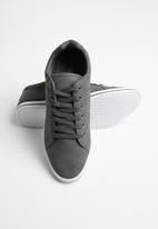 SOVIET - M-Ravenswood low-cut sneaker - grey