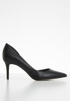 Call It Spring - Faux leather court heel - black