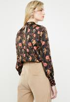 ONLY - Cassidy baroque printed blouse - black