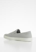 Call It Spring - Faux leather/mesh combo slip-on sneaker - grey