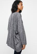 edit Maternity - Volume sweater - black & grey