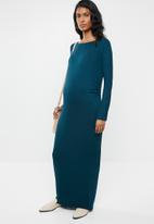 edit Maternity - Scoop neck maxi dress - blue
