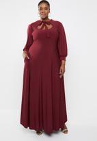 Plus-Fab - Brandy keyhole dress - maroon