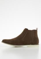 Superbalist - Dylan chelsea boot - brown