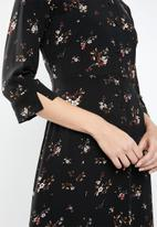 MANGO - Floral maxi shirt dress - black
