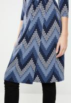 Revenge - Zig zag wrap dress - navy