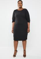 edit Plus - Sleeve detail shift dress - black