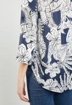 Revenge - Floral shirt - multi