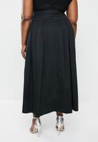 AMANDA LAIRD CHERRY - Plus size sphe wrap skirt - black