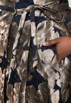 AMANDA LAIRD CHERRY - Plus size sphe brocade wrap skirt - navy & beige