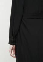 Superbalist - Utility long sleeve dress - black