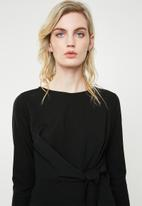 Superbalist - Tie front bodycon - black