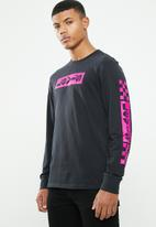 Levi's® - Long sleeve graphic tee b boxtab -  black