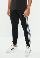 adidas Originals - 3-Stripes pant - black & white