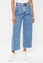 Levi's® - Ribcage pleated crop - blue