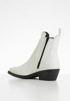 Cotton On - Tessa western boot - white