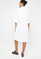 AMANDA LAIRD CHERRY - Zinhle tunic dress - white