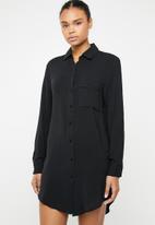 Superbalist - Sleep shirt - black