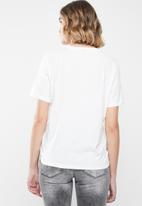 Vero Moda - Wow short sleeve T-shirt - white