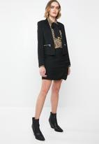 Vero Moda - Ylva short skirt - black