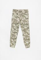 Cotton On - Logan cuffed pant - khaki