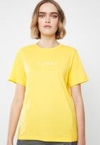 Vero Moda - Oops short sleeve T-shirt - yellow