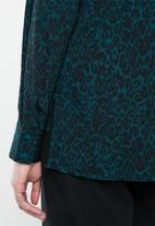 Vero Moda - Katrine bow shirt - black & blue