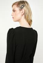 Vero Moda - Finula wrap dress - black